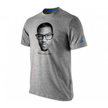 Nike Tee-Shirt KD IS NOT A NERD Gris